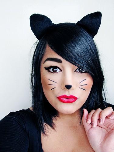 halloween-costumes-cats