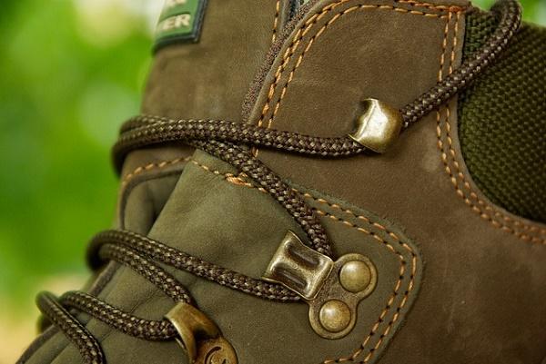 shoe-974564_640 hiking five-best-outdoor-breaks-europe May 16