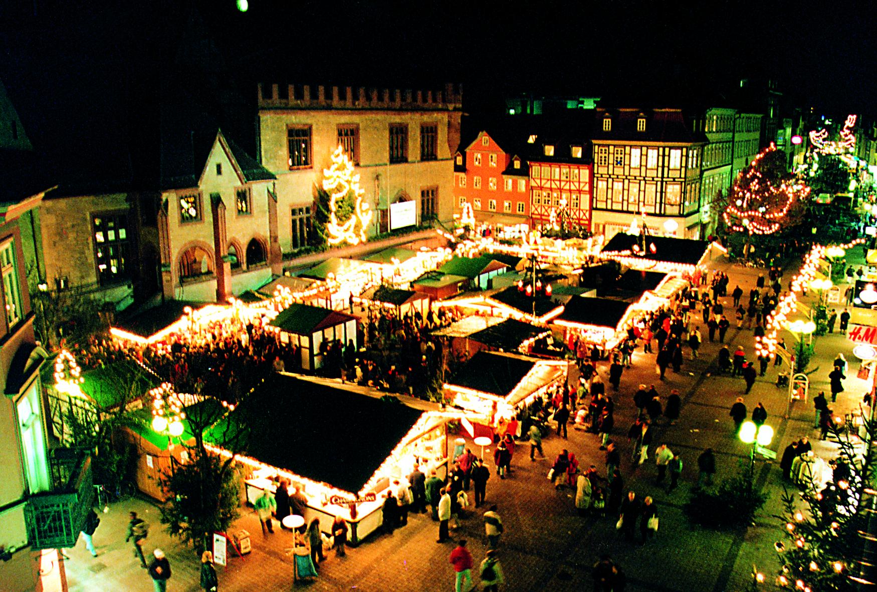 Weihnachtsmarkt Göttingen.30 Weihnachtsmarkt Göttingen S Christmas Market Military In Germany