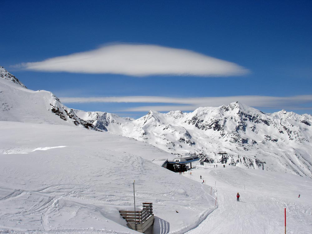 Obergurgl-clouds-copyright-skiingaustria