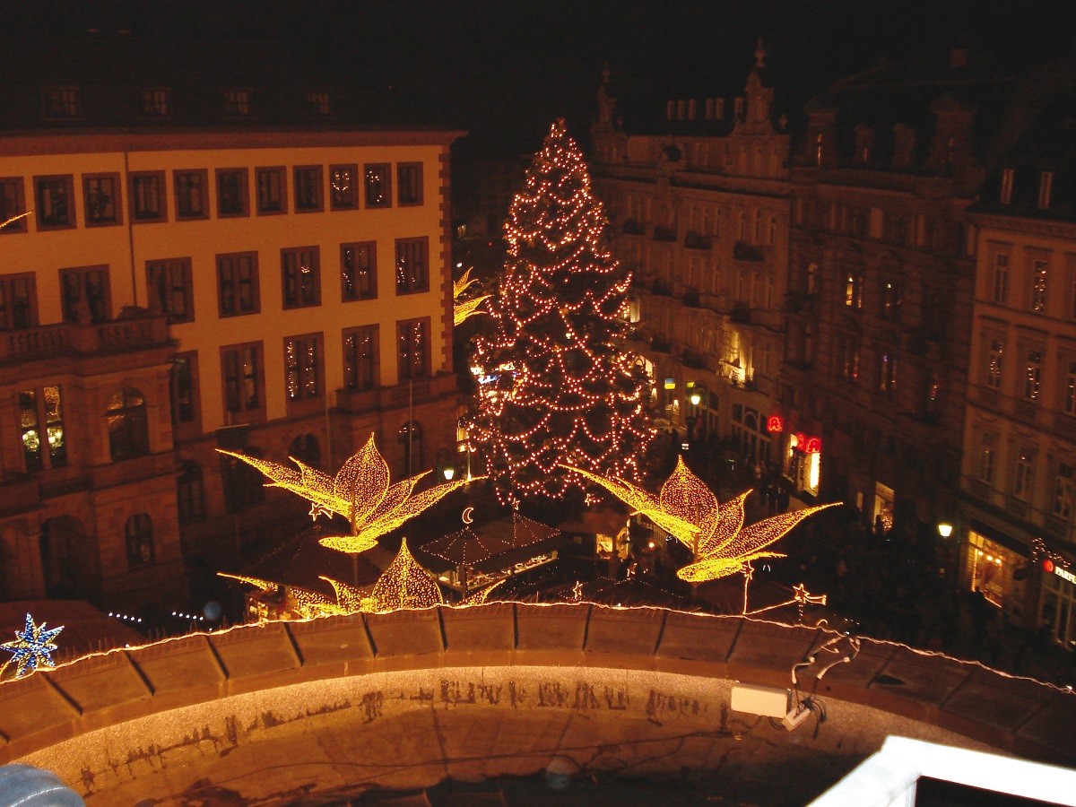 Wiesbaden Twinkling Start Christmas Market