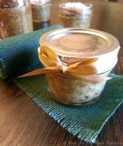 banana bread in jars