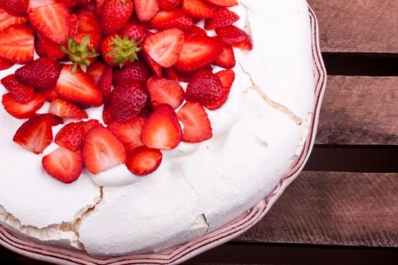 Valentines Day Pavlova Recipe