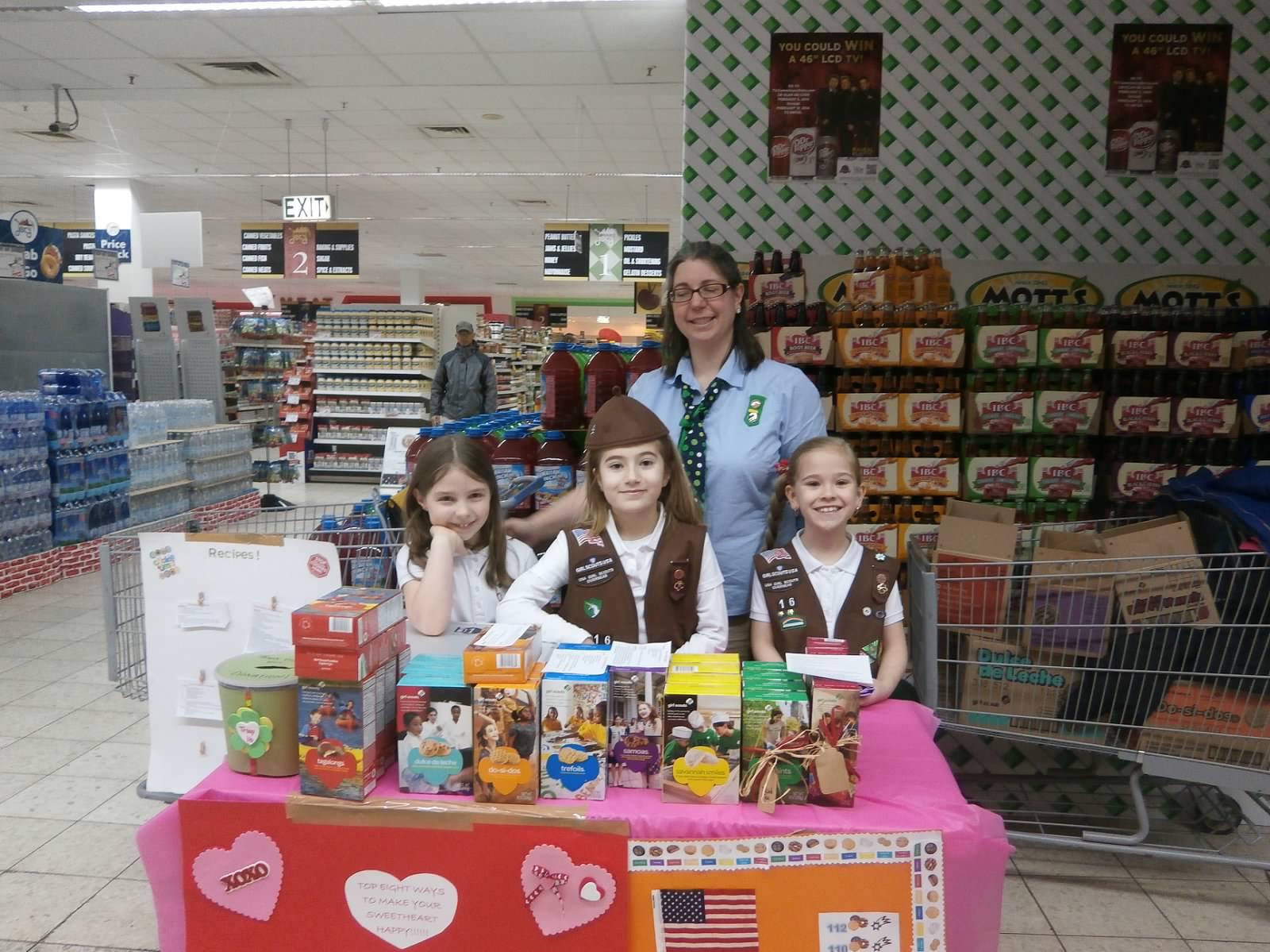 GirlScoutsSellingCookiesAtCommissary