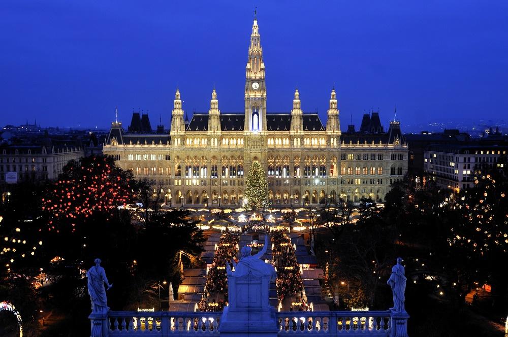1 Vienna night with lights
