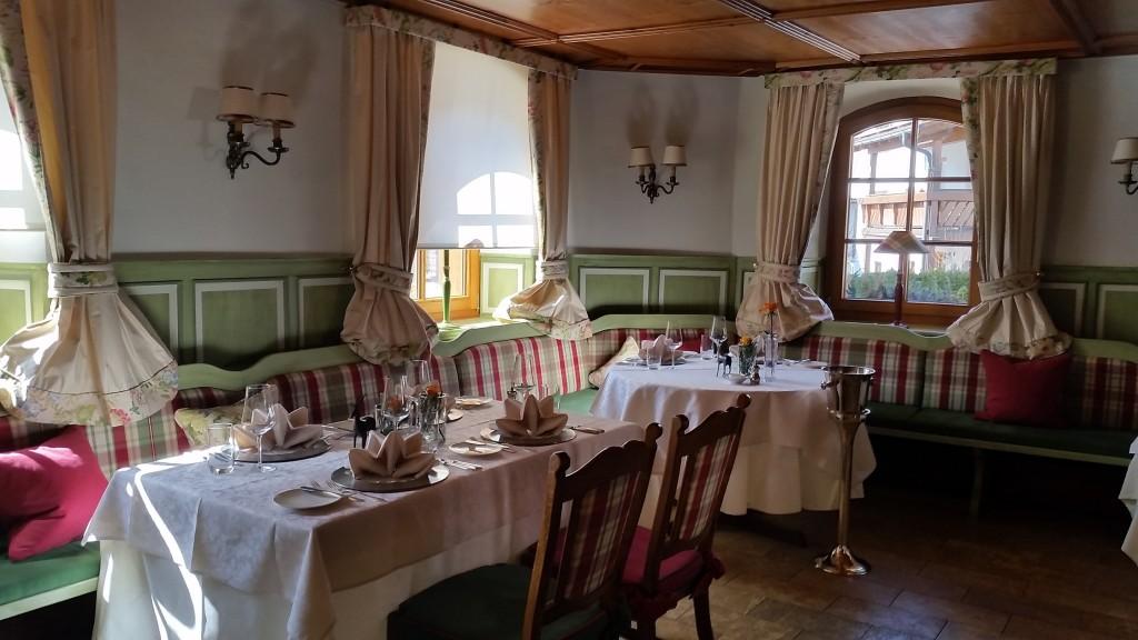 3 Sonnenbuhl extra photo Restaurant Hirsch
