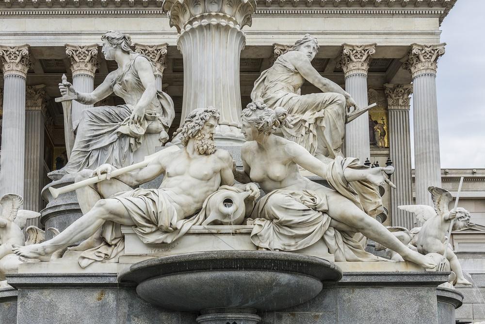 6 Vienna fountain