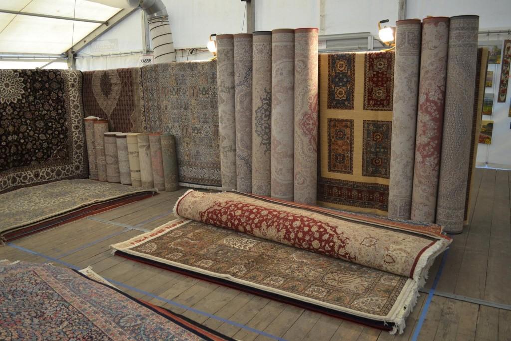 8 bazaarpic.rugs