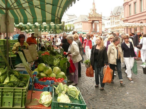 567c9791d355e6 Farmer s Market and Croatian Food in Mainz - Travel