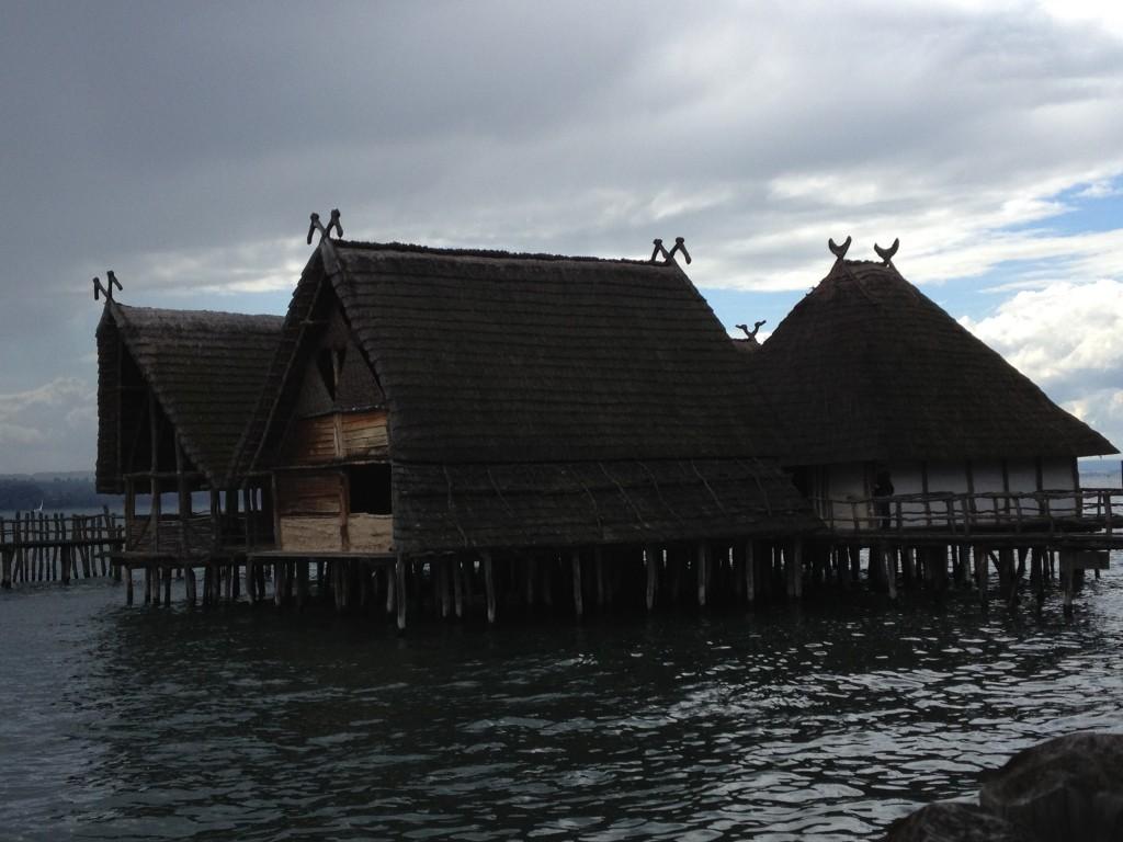 Pfahlbauten 3 houses IMG_9261