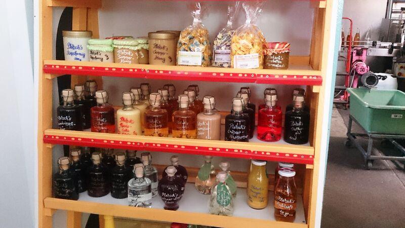 Pletsch's honey and liquors