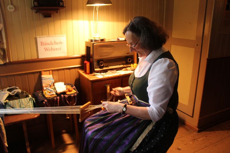 Black Forest lady weaving