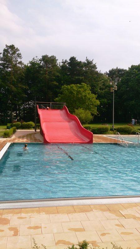 Miesau Waldfreibad Pool slide