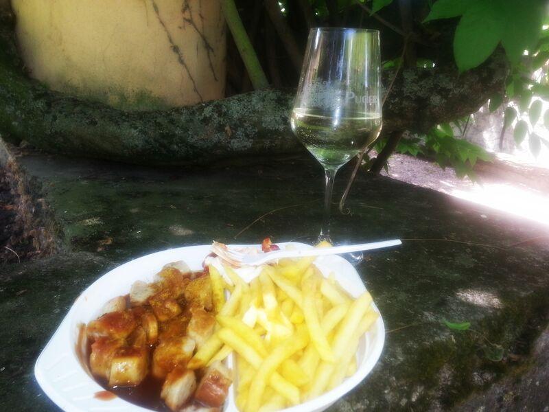 Arts and Wine Photo 3