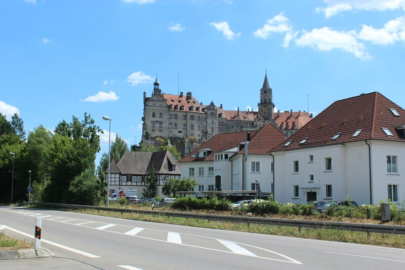 Castle Wendy Everything's blooming in Sigmaringen
