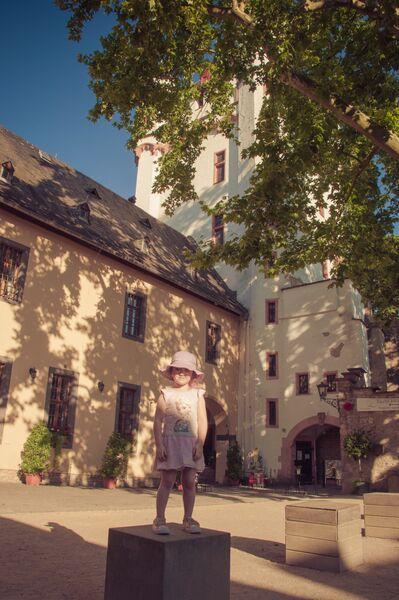 Eltville Sekt Fest courtyard