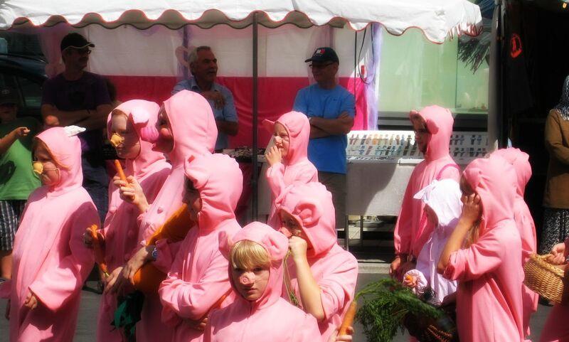 Photo 4 Cheryl Wittlich Pig Festival