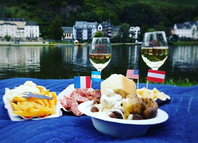 photo 4} Cheryl Bernkastel Wine Festival