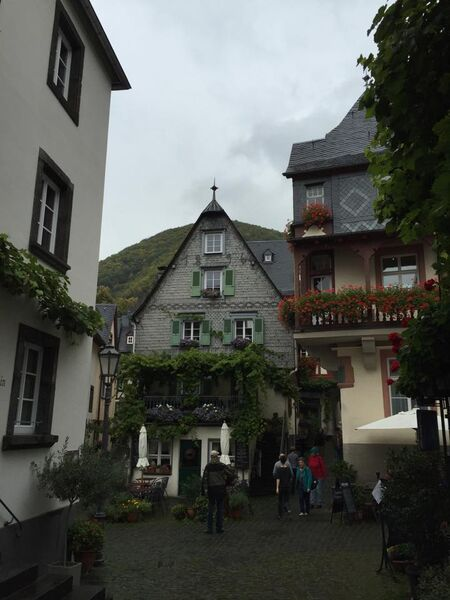 village Kelly Beautiful Beilstein