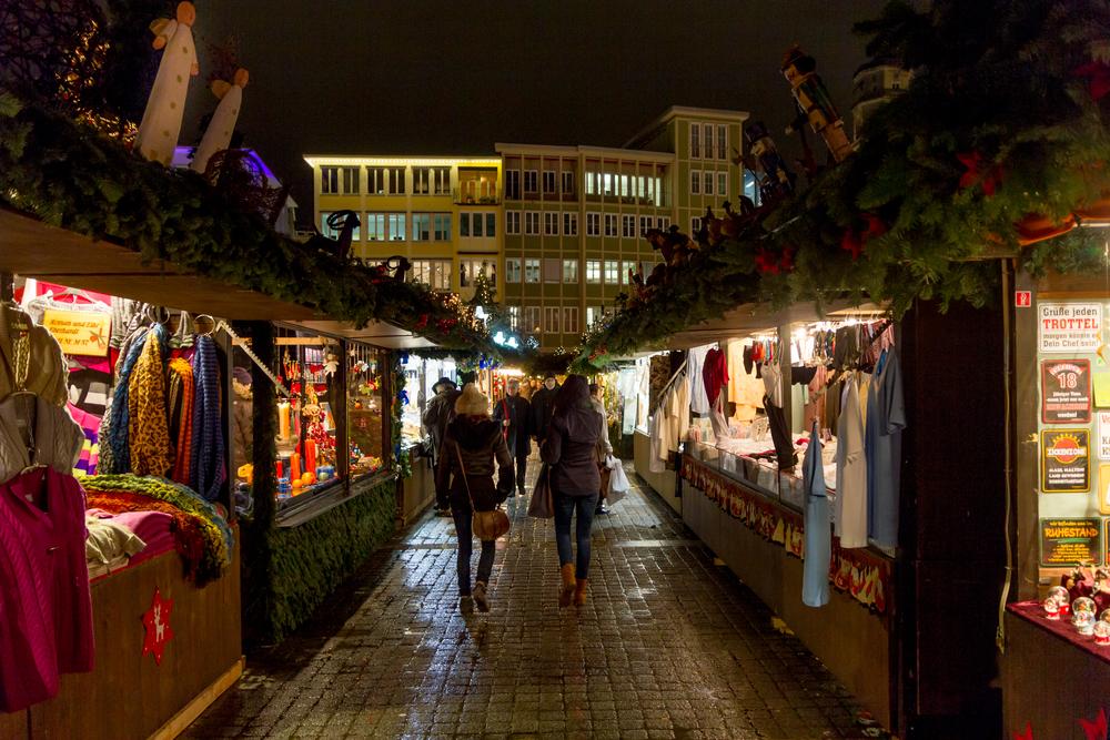 AMzPhoto shutterstock Stuttgart Christmas Market