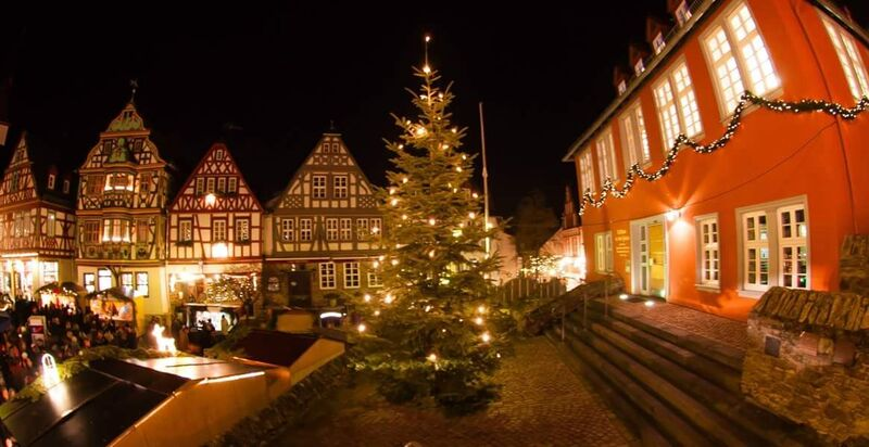 Idstein tree Gemma 8 Tips for German Christmas Markets