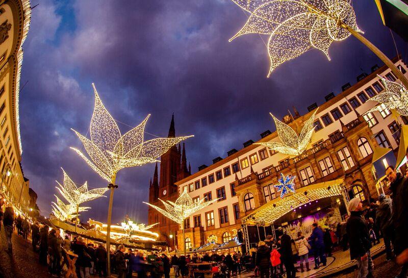 1.1 stars Gemma Wiesbaden Twinkling Star Christmas Market