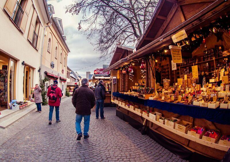 1.2 Gemma Rüdesheim Christmas Market of Nations