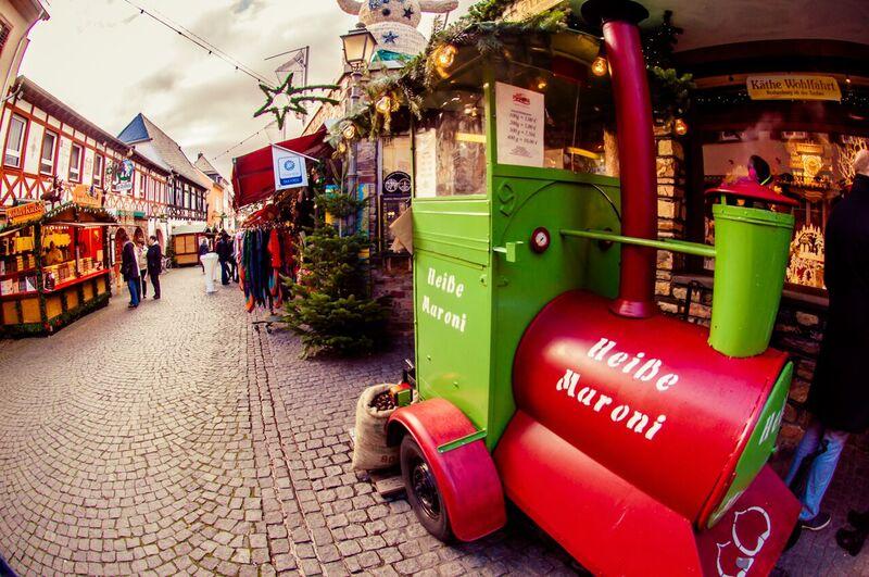 10 chestnuts Gemma Rüdesheim Christmas Market of Nations