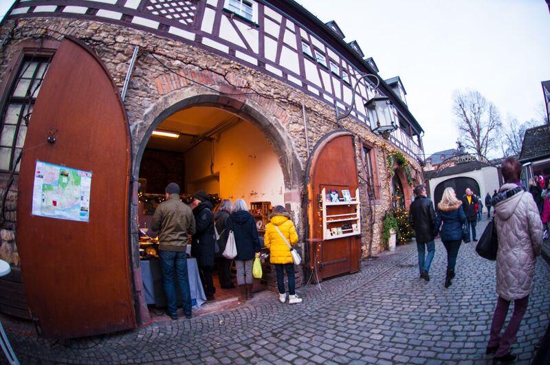 11 doors Gemma Eltville Christmas Market