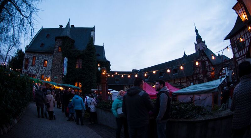 13 yard GemmaEltville Christmas Market