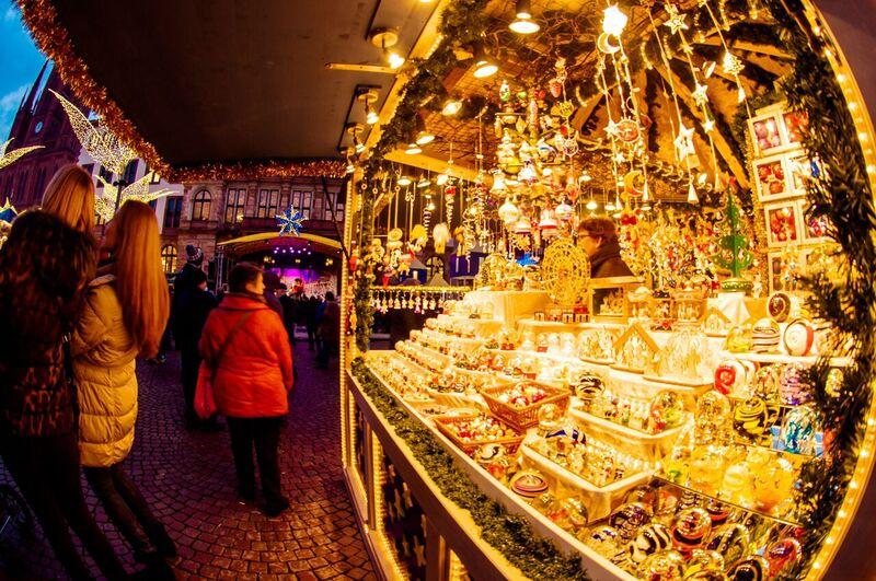 3 shopping Gemma Wiesbaden Twinkling Star Christmas Market