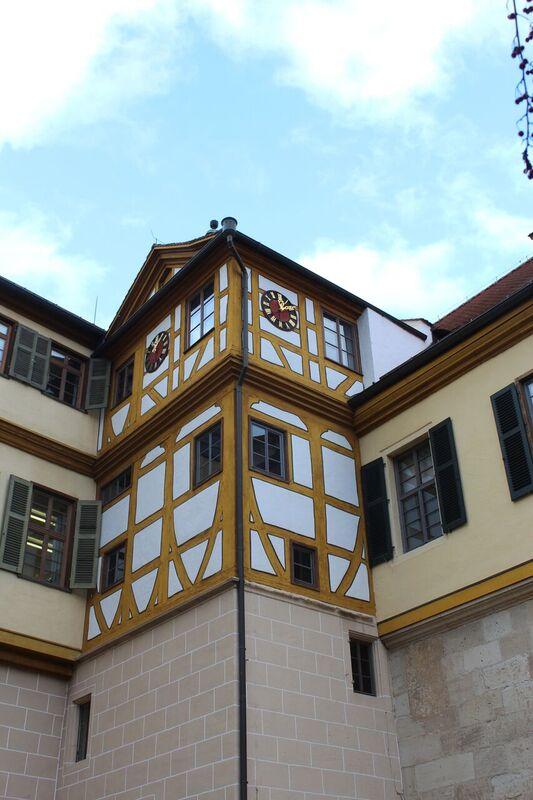 Castle clock Wendy Tübingen - a town of all seasons