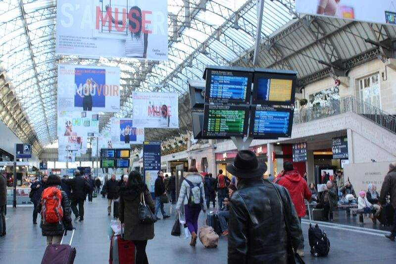 Main Train station Wendy Experience Paris - tips from a traveling artisan