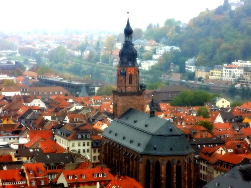 Photo 2 The World's Largest Wine Barrel and Heidelberg Castle