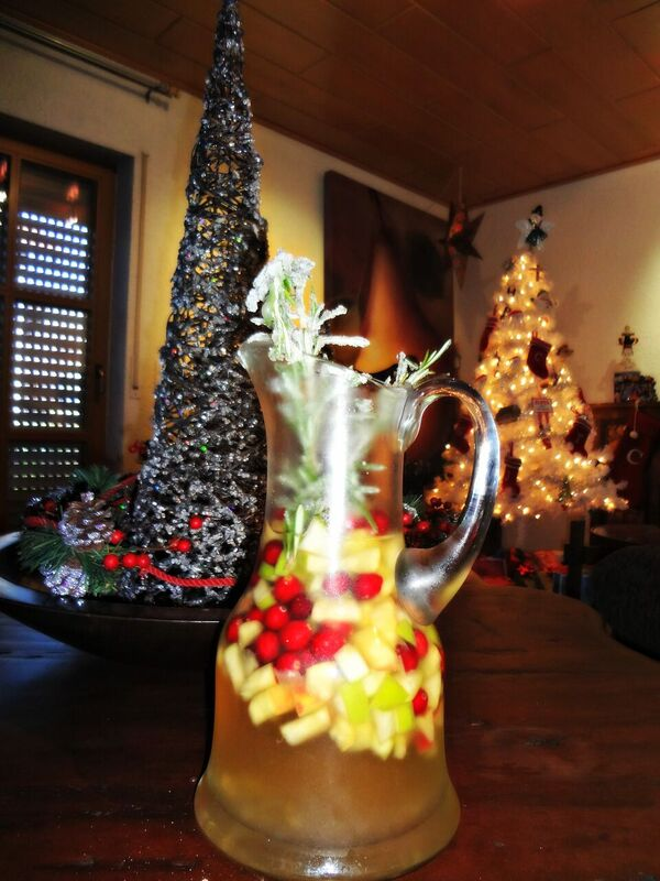 Photo 3 Cheryl White Christmas Sangrai
