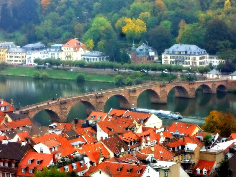 Photo 3 The World's Largest Wine Barrel and Heidelberg Castle