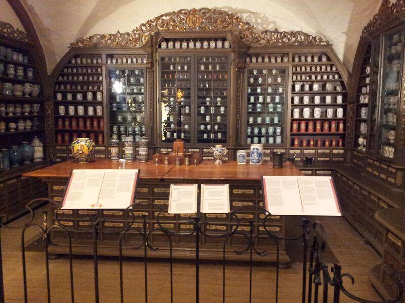 Photo 6 The World's Largest Wine Barrel and Heidelberg Castle