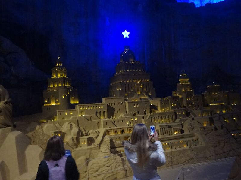 Photo 9 Cheryl A Day Trip to the Valkenburg Caves at Christmas