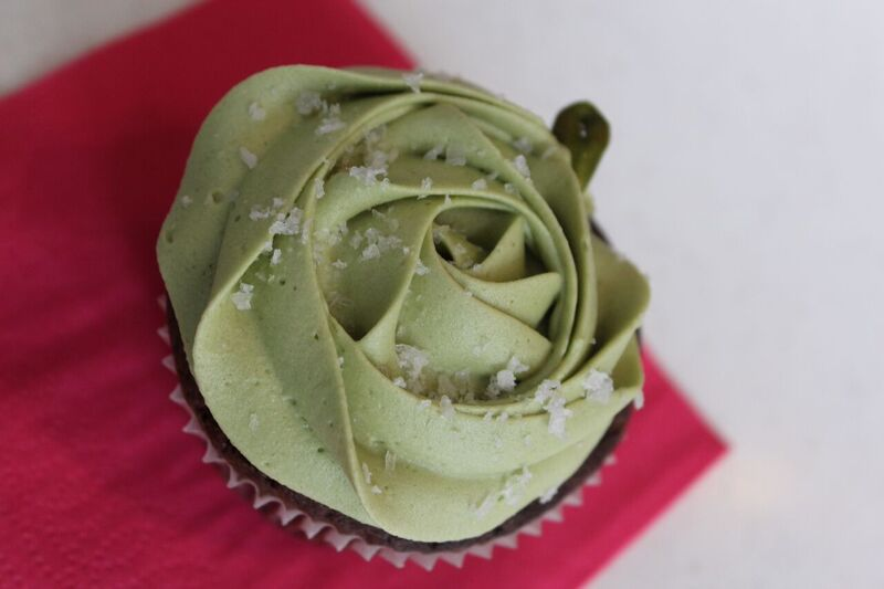 Pistachio cupcake food Wendy Experience Paris - tips from a traveling artisan