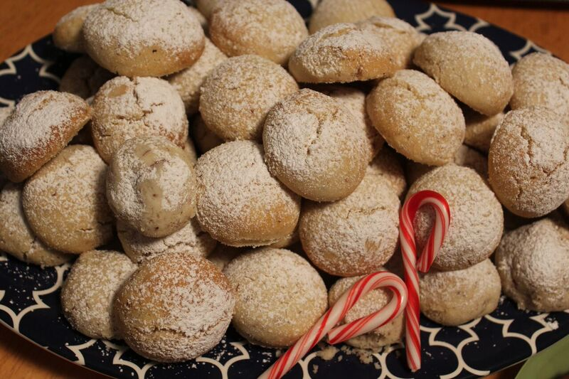Russian Tea Cakes food Wendy Holiday Cookie Creations