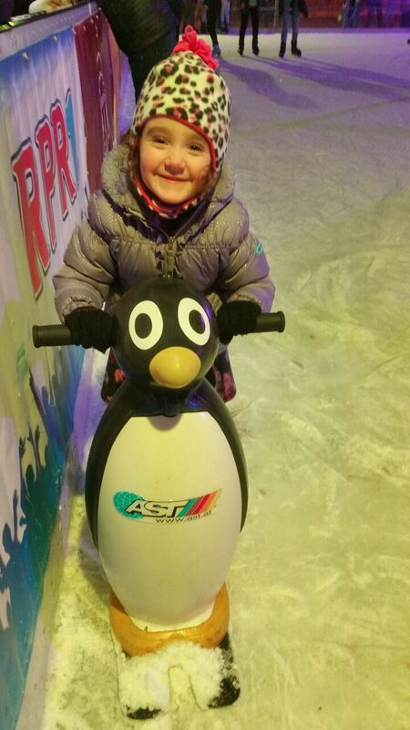 pingu Gemma Wiesbaden on Ice Skating