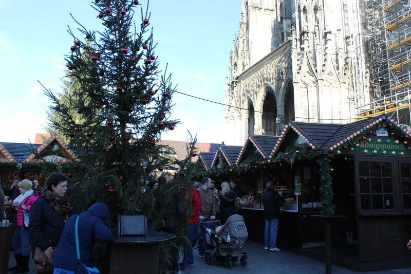 Christmas square Wendy The cathedral and city of Ulm