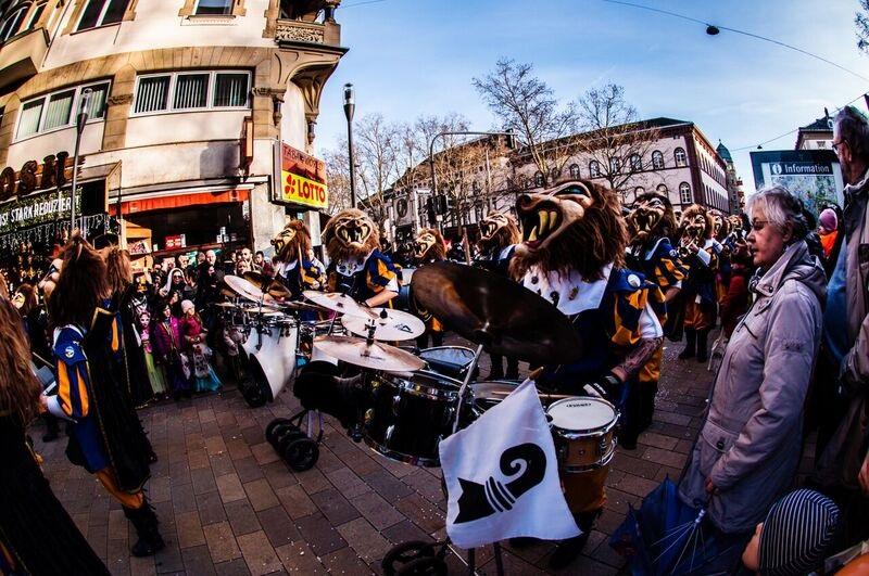 0213 lion head drummers Gemma Wiesbaden Children's Fasching Parade
