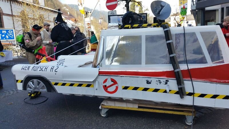 103749 Ghostbuster Gemma Schramberg Fastnacht Boat Race and Parade