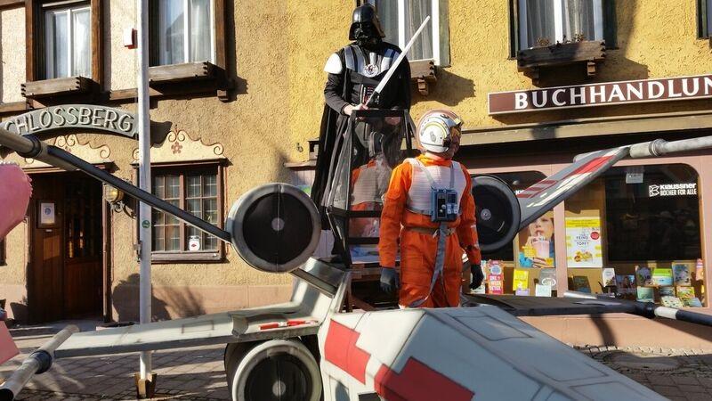 104316 Dark Vader Gemma Schramberg Fastnacht Boat Race and Parade