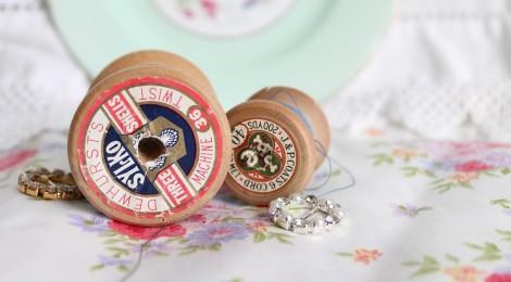 vintage-spools-586252_1280
