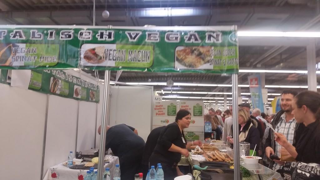 14 fallafel Gemma VeggieWorld Expo 16