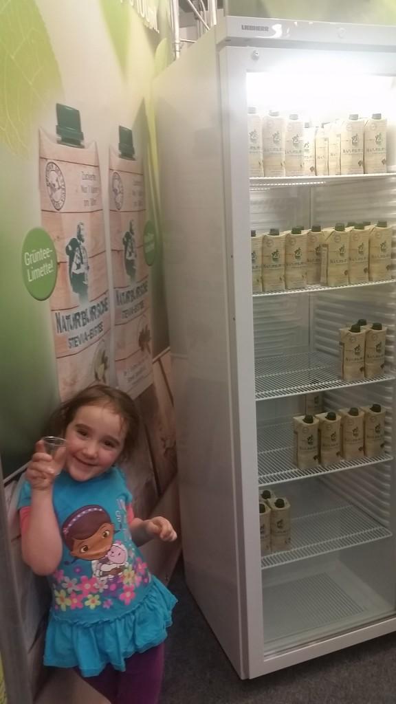 18 ice tea Gemma VeggieWorld Expo 16