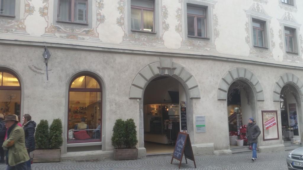 Street Walking Wendy Ravensburg - Puzzling City 16