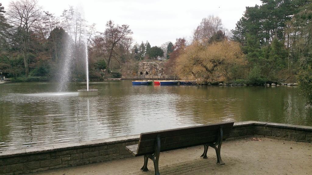 lake with boats Kelly PalmenGarten Frankfurt 16